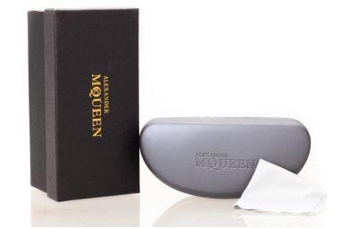 Солнцезащитные очки, Модель Case Mqueen