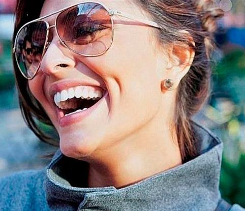 d9464c7fc6e4 Солнцезащитные очки Авиаторы спасут вас даже во время ужасного зноя на  самых жарких курортах с агрессивным солнцем. Используя данные очки в  Украине или ...