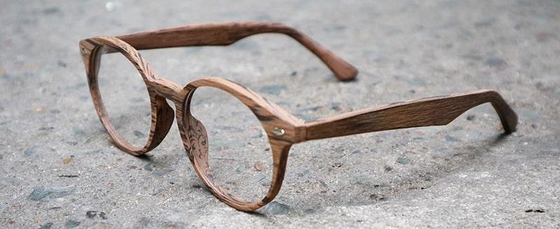 Деревянная оправа для очков фото
